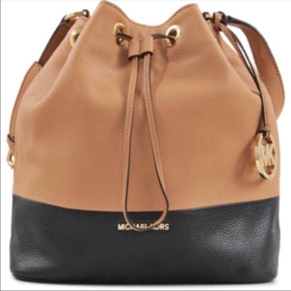 78c4dd5bf7 ... brown handbags amazon a518d dcd03 low cost michael kors jules drawstring  color block bucket 1fc6a 4e3f8 ...